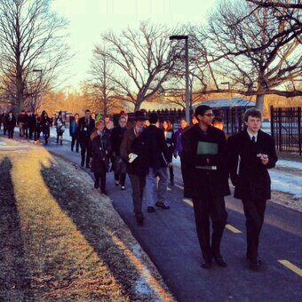 Model UN Students Going to Committees bright and Early. Photo courtesy of Steve Book